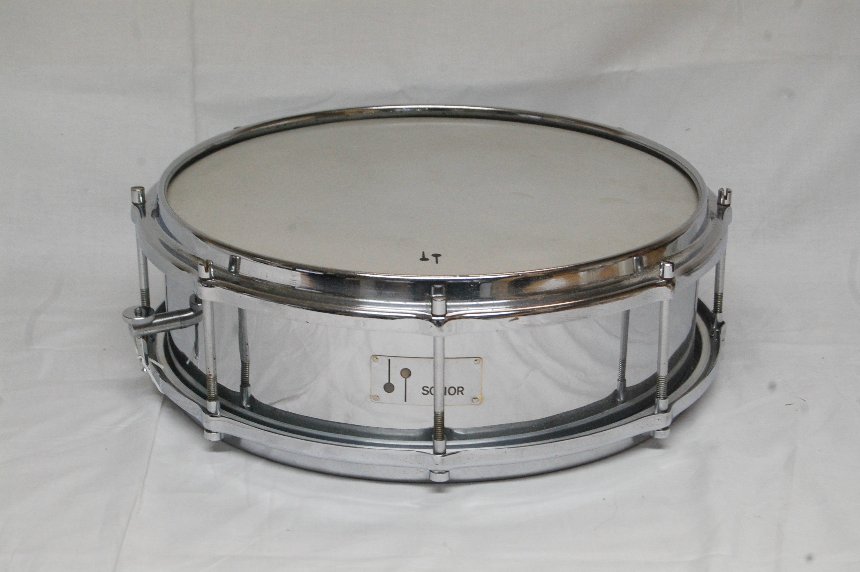 c1cff54b23e5 Sonor D437  Floating Snare Drum