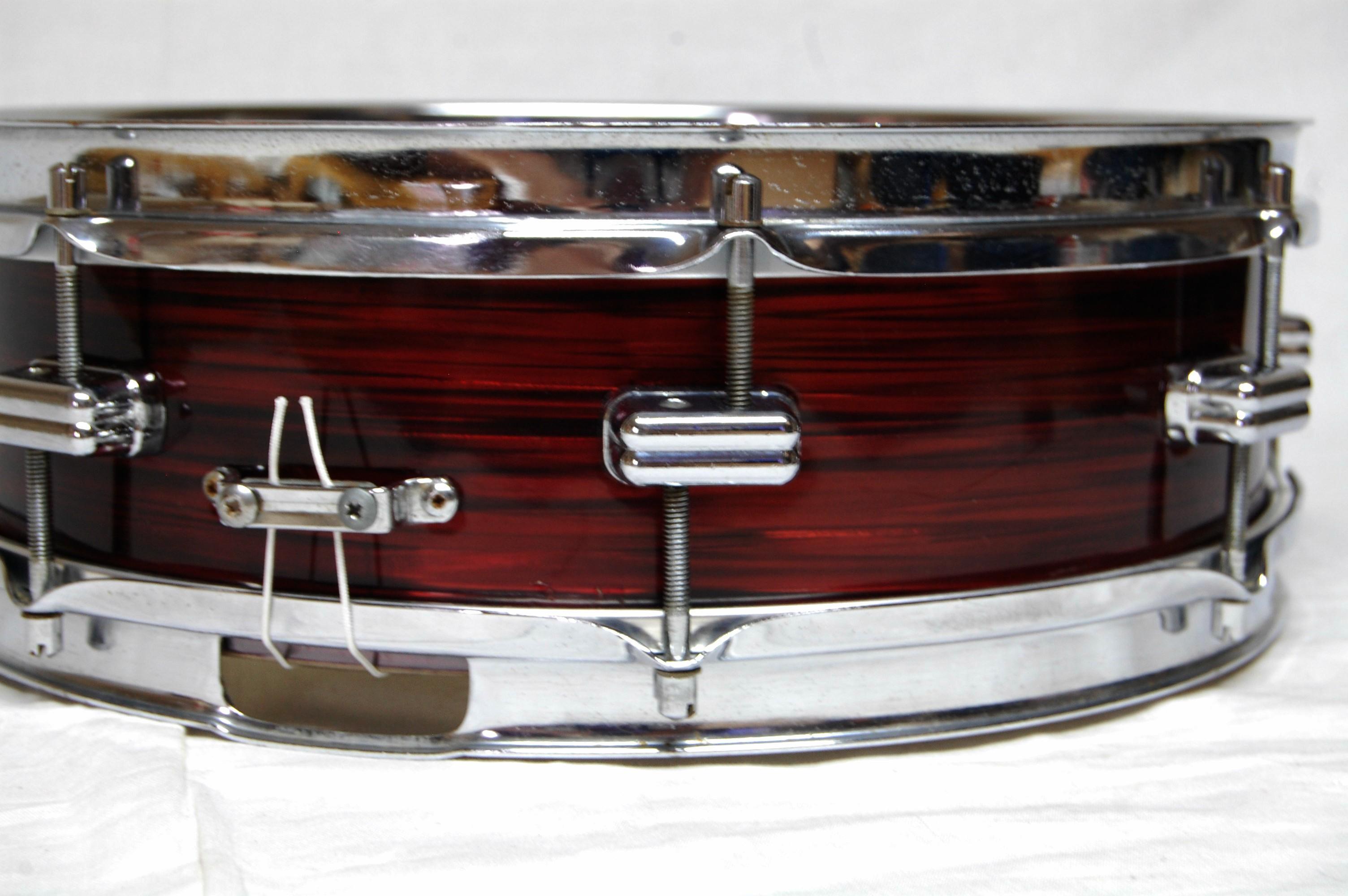 Olympic Dicus 1960s Snare Drum in Red Silk - Drumattic